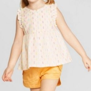 Sleeveless top and shorts set